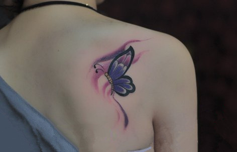 上海纹身由龙分享女生精美蝴蝶纹