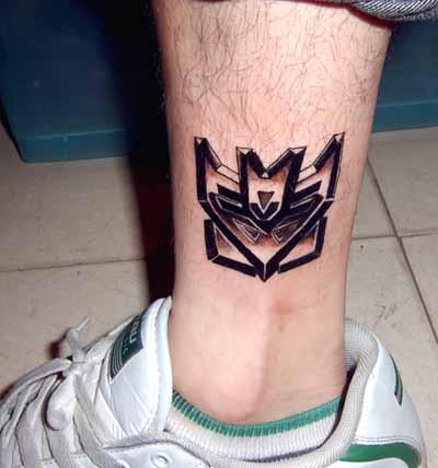 男生科比标志纹身